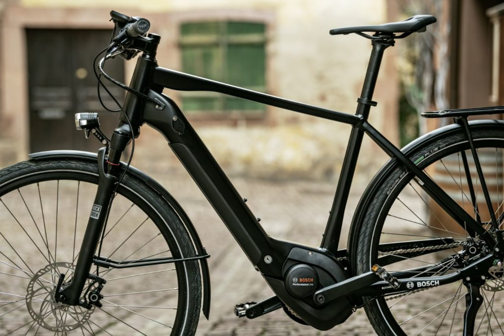Bosch e-bike with powertube